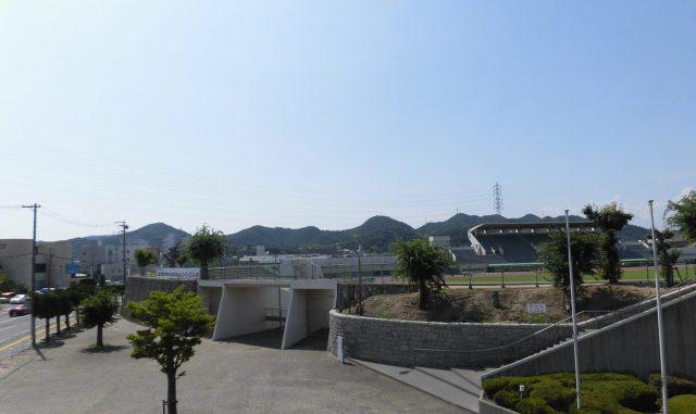 ウインク陸上競技場 姫路陸上競技場 屋根 手柄山公園 アクセス