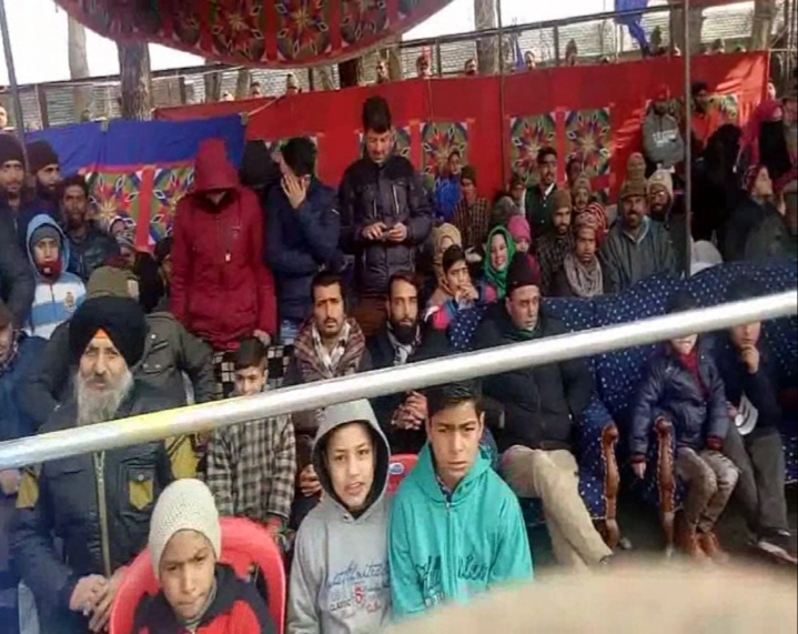 RD function in Baramulla: Councilors did not bother to stand up for National Anthem