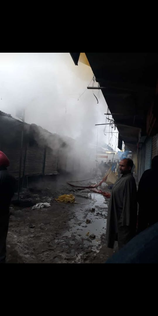 Ten shops gutted in night blaze in Handwara