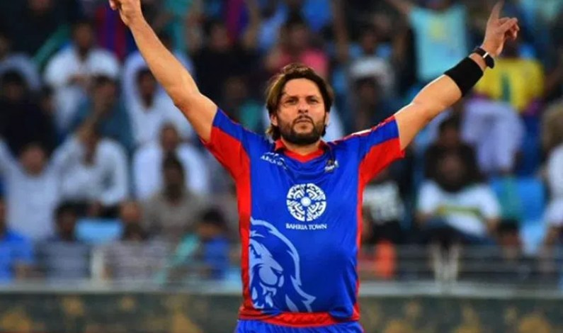 Shahid Afridi says Imran Khan must do more about Kashmir