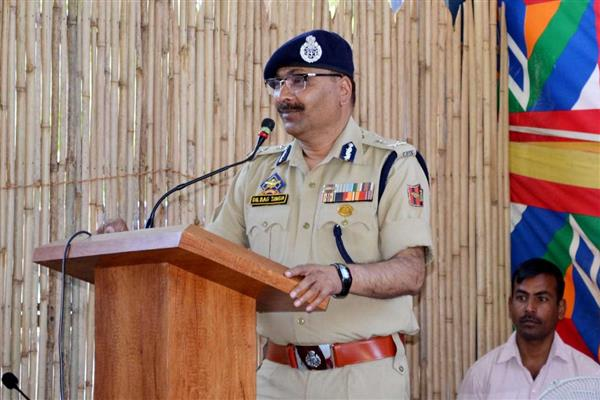 Video : Tral Gunfight , DGP holds press conference
