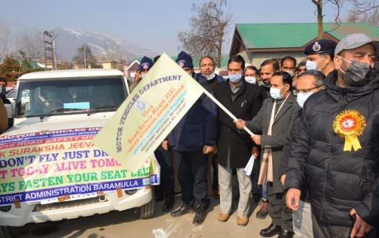 Safety of riders, passerby prime concern, need of the hour: IGP Kashmir