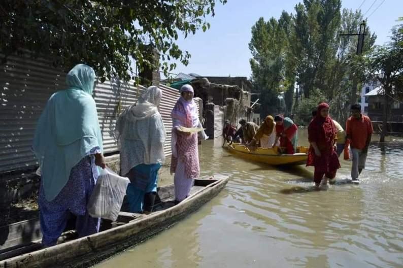 Experts predict bursting of Jammu and Kashmir dams, causing floods