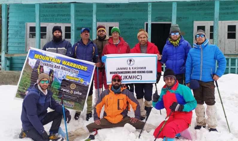 Mountain Warriors Trekking Club organised snow trekking from Pahalgam