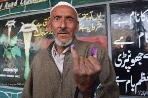 JK has recorded 46% Turnout in first phase of LS Elections