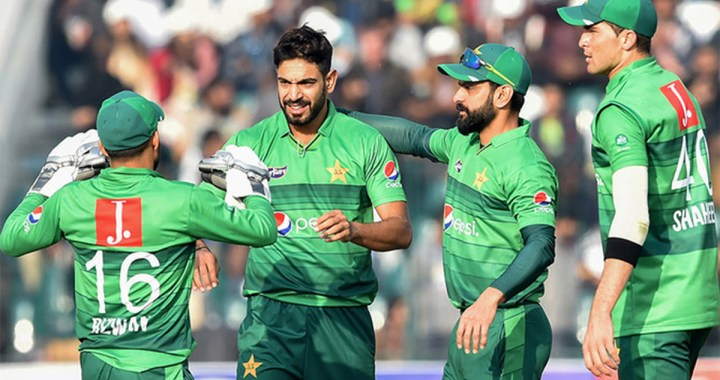 Pakistan: 10 Pakistani cricketers test positive for COVID-19