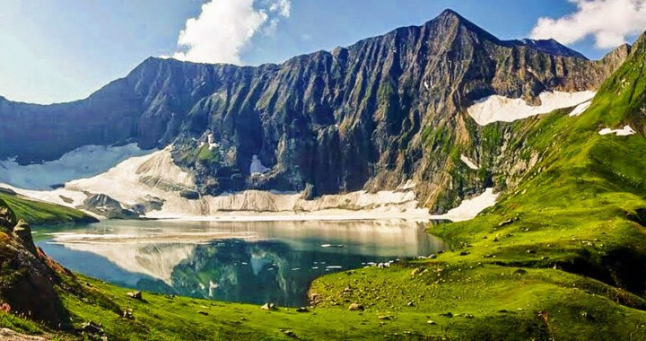 Neelum Valley: A glance of heaven