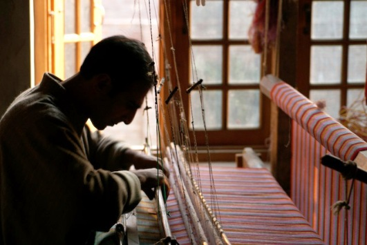CDI conducts internship programmes at different craft institutes outside Kashmir.
