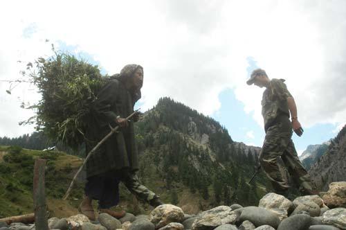 Deployments near LoC add security drills to the civilian population --Photo: Bilal Bahadur
