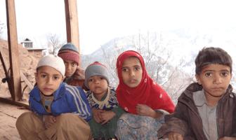 Students of a school in Charunda villages in North Kashmir's Uri region --Photo: Yaqoob Lala