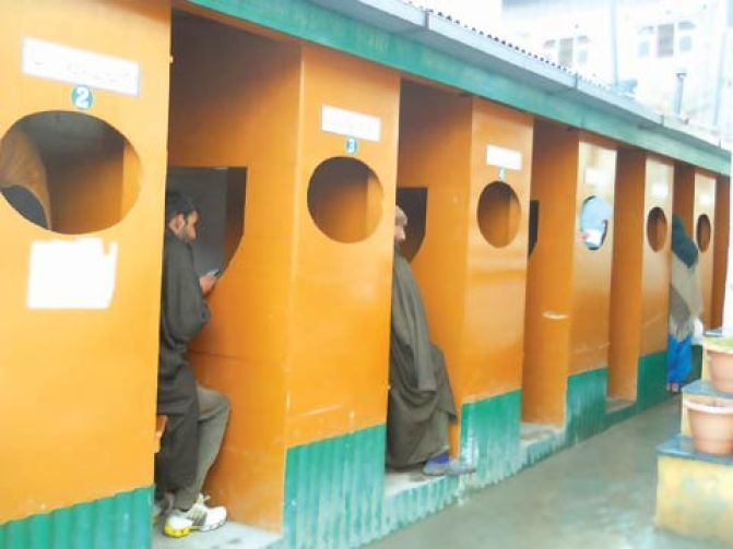 Small-cabins-made-of-ply-board-used-when-families-come-to-meet-their-daughters-(2)