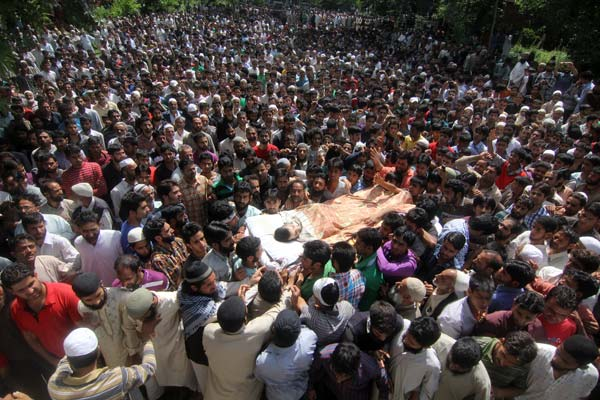 In Lurgham village, people gathered in large number to pay their last respect to Hizb militant Ajaz Ahmad Bhat who was killed in an encounter with forces in Tral on July 1, 2013.