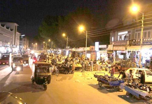 night-life-in-srinagar-kashmir