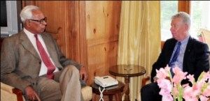 GOVERNOR MEETING WITH HIGH COMMISSIONER OF CANADA-16