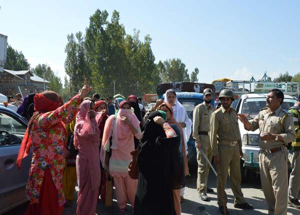 Students protesting against alleged police harassment at Para medical Institute,  Lawaypora. Photo Muhammad Sabit