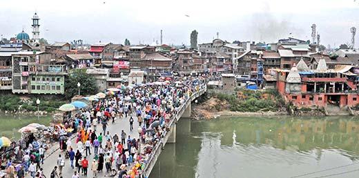 Srinagar's first bridge Amira Kadal connecting the two parts of assembly segment. Pic: Bilal Bahadur