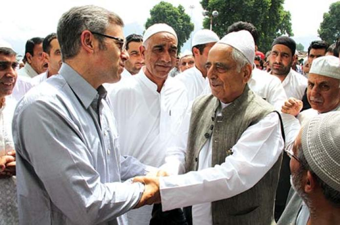 A file KL Image when Mufti Sayeed and Omar Abdullah greeted each other on the occassion of Eid-Ul-Fitr