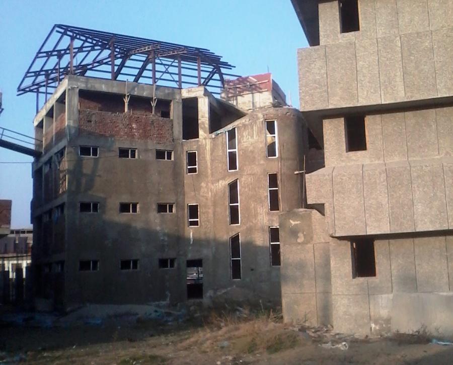 Incomplete SKIMS Maternity Hospital. (Photo: Tabish Khan)
