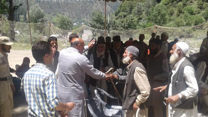Er Rasheed in Keran on May 21, 2016
