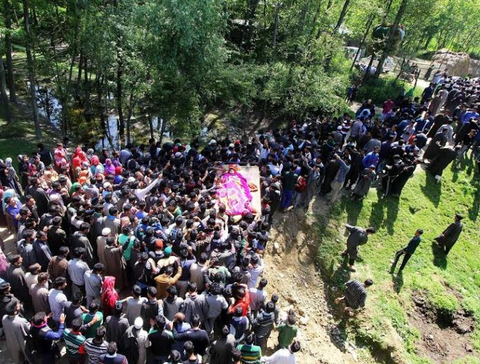 Funeral of militants killed on May 07, 2016 in Pulwama photo by Bilal Bahadur 3