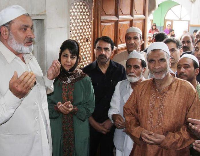 CM @ Makhdoom Sahab