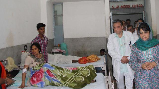 CM on surprise visit to Hospital in Jmu Saturday