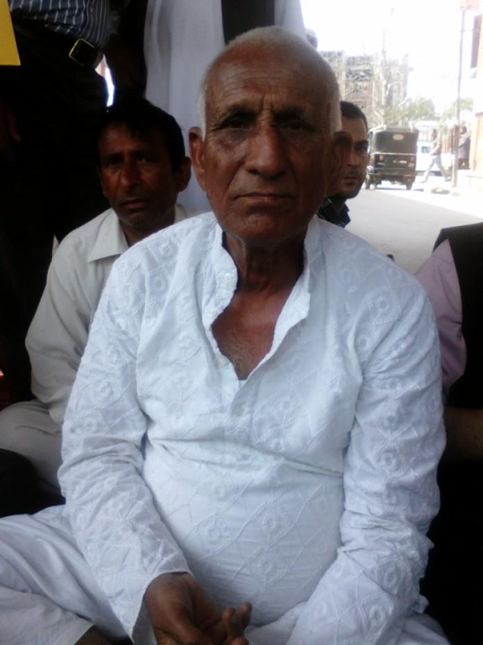 Sampat Prakash on hu8nger strike agains