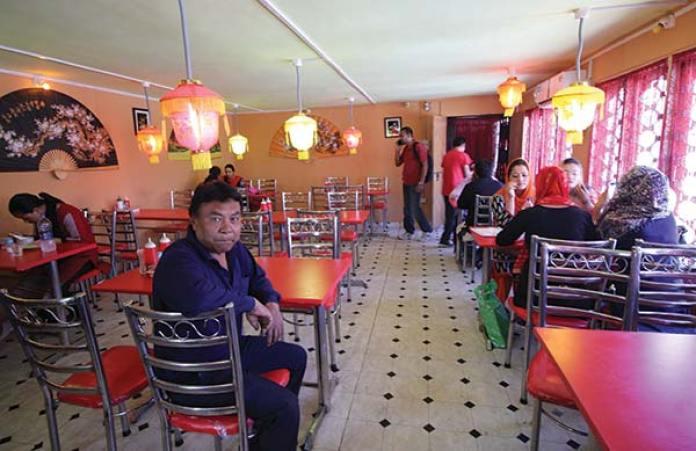 Ibrahim Malik of 'Tibetian Momos' house