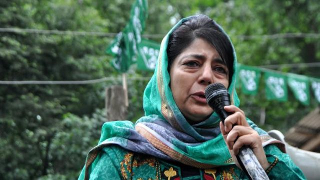 Ahead of June 22, 2016 poll battle, Ms Mehbooba Mufti addressed roadside public gatherings in Islamabad on Saturday. (KL Image: Shah Hilal)
