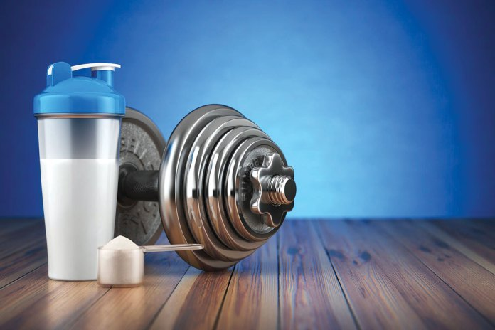 dumbell-and-protein-shaker