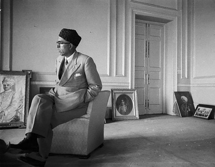 A rare photograph showing Sheikh M Abdullah in the Royal Palace at Srinagar in late 1947.
