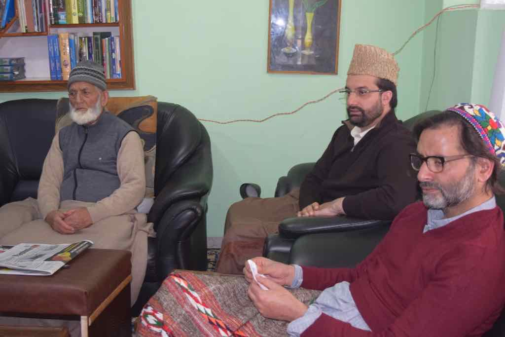 JRL calls shutdown tomorrow against civilian killings in Shopian