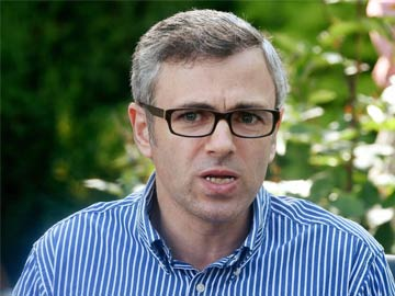 Indian Constitution 'under threat', Omar says at Mumbai march