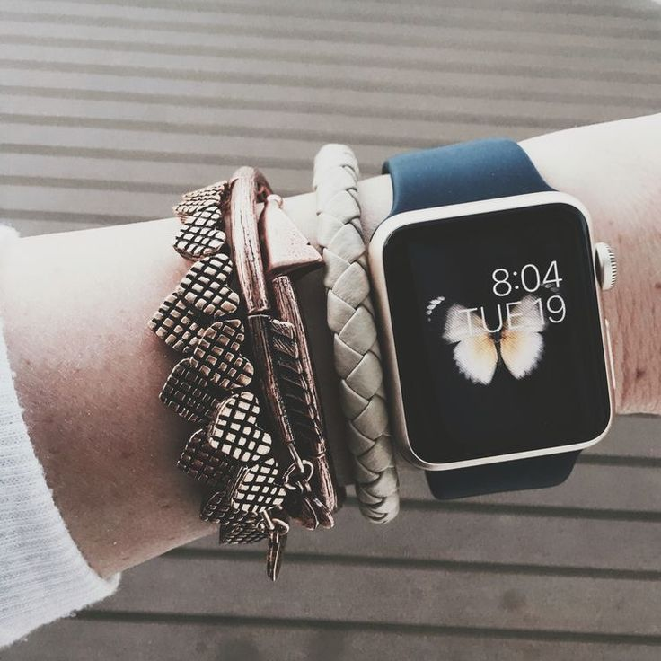 Here's why Apple is offering free repairs for Apple Watch