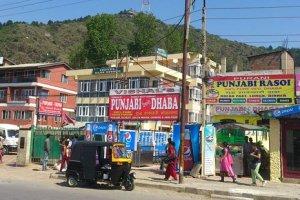 Kashmir: A Prime Tourist Destination Sans Quality Food Joints