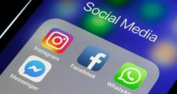 FB, Whatsapp, Instagram Back After 12 Hr Glitch
