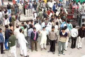 Kashmir Clampdown: Over 10 Lakh Workers Lose Jobs