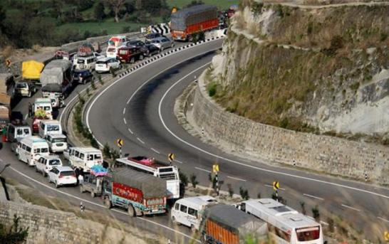 Highway Reopens For Stranded Vehicles