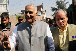 Sinha Led Group To Visit Kashmir
