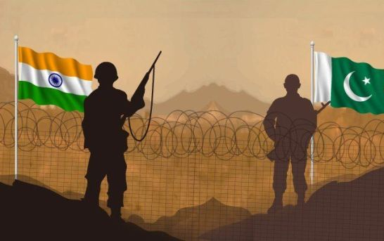 Indo, Pak Troops Trade Fire Along LoC