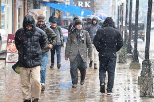 Fresh Snowfall Breaks Cold Wave In Kashmir