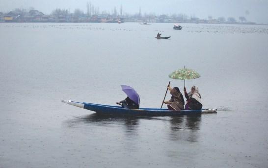 Kashmir's Upper Reaches Receive Fresh Snowfall, Rain In Plains