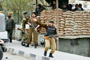 3 CRPF Personnel Injured in Budgam Militant Attack