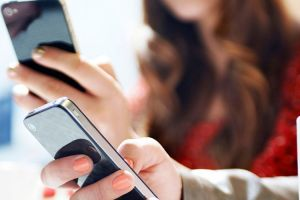 'Disinfect Your Smartphone Every 90 Minutes To Prevent COVID-19 Spread'