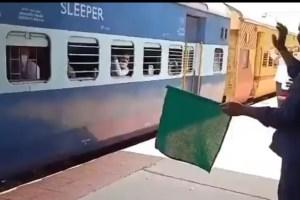 Stranded Kashmiris Start Home Journey By Trains