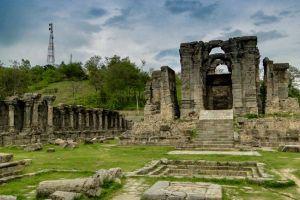 Shambling Heritage Sites of Kashmir
