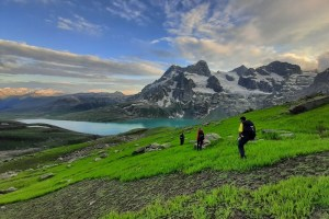 Govt To Develop 7 New Trekking Routes In J&K