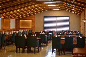 Multi-Cuisine Restaurant 'Lazeez' Opens At Boulevard