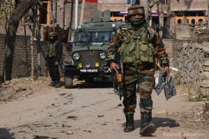 Militants Flee After Encounter In Central Kashmir's Beerwah