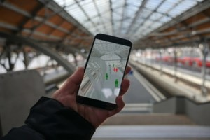 How Smartphone Apps Extract Your Data Via Location Tracking